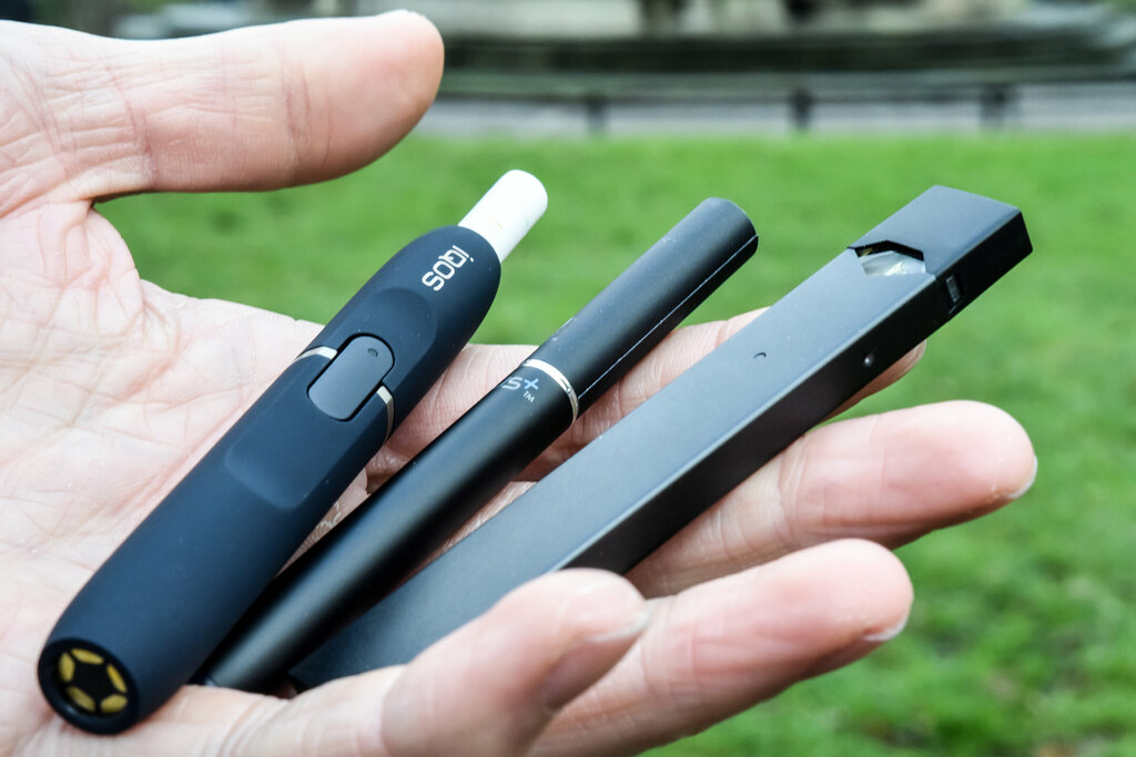 Philip Morris in merger talks with Altria; e-cigs a focus