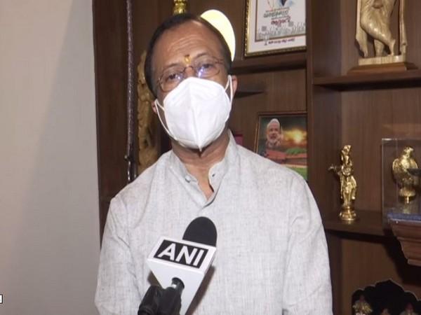 MoS Murleedharan slams Kerala CM for supporting 'Hurtal culture'