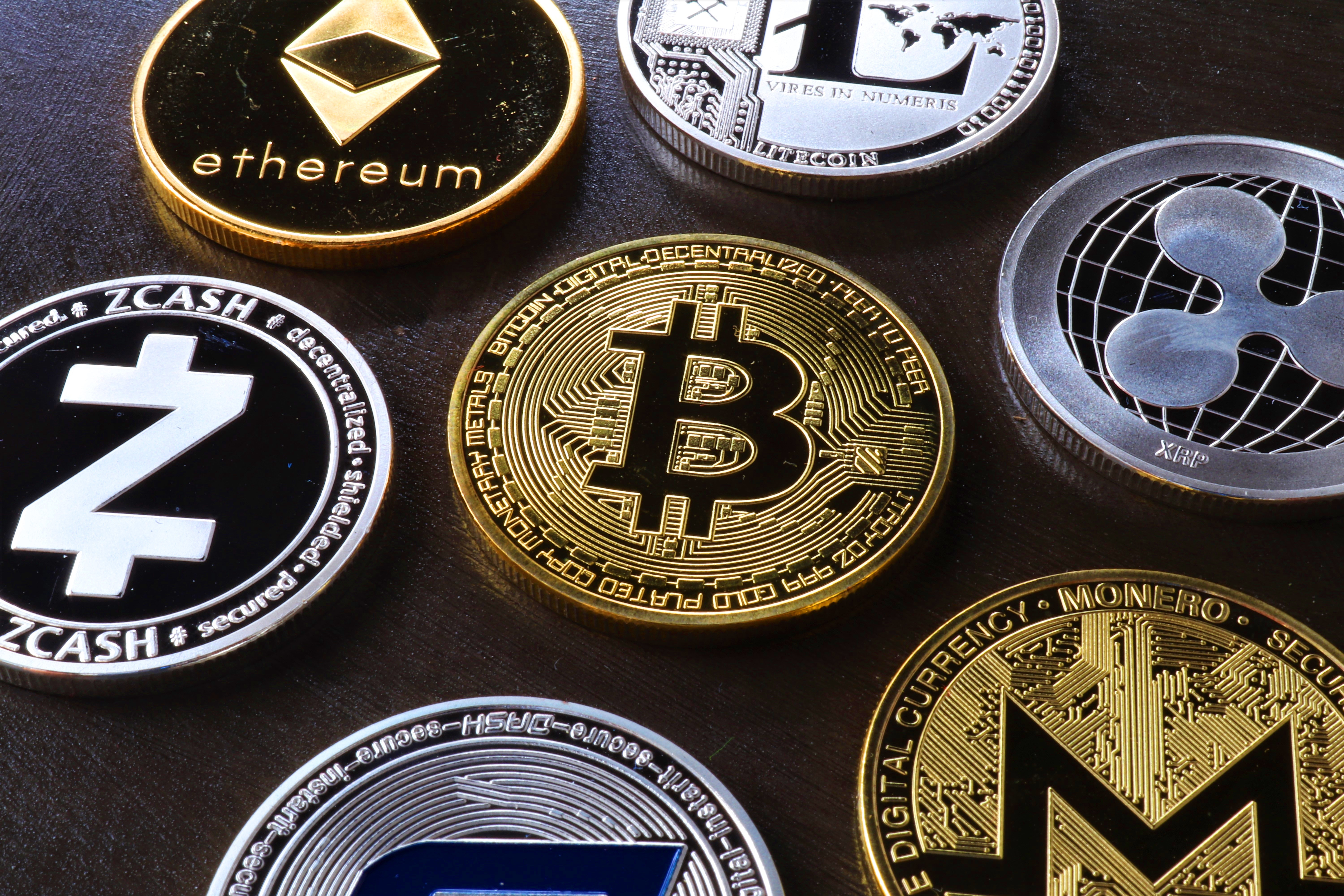 Who developed bitcoin? Why are the users crazy about cryptocurrency?