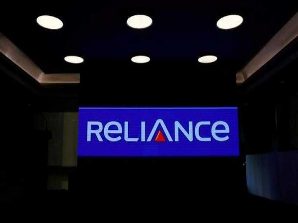 Reliance closes deal with 4 investors, gets Rs 30,062 cr