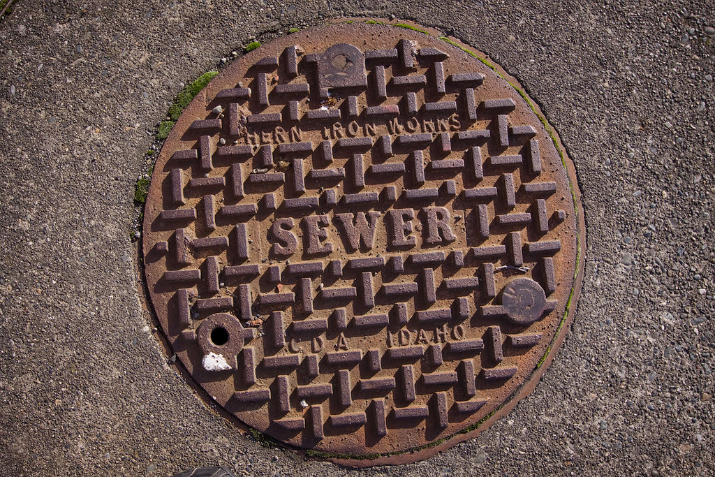 801 workers died cleaning sewers in the country since 1993: Central panel chief