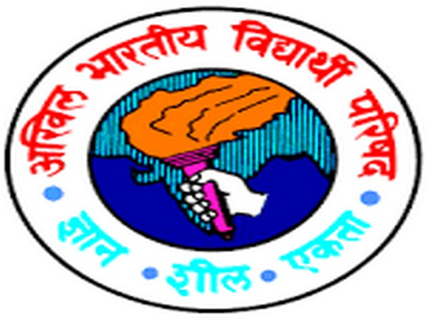 ABVP urges Irani to give special stipend to women for education