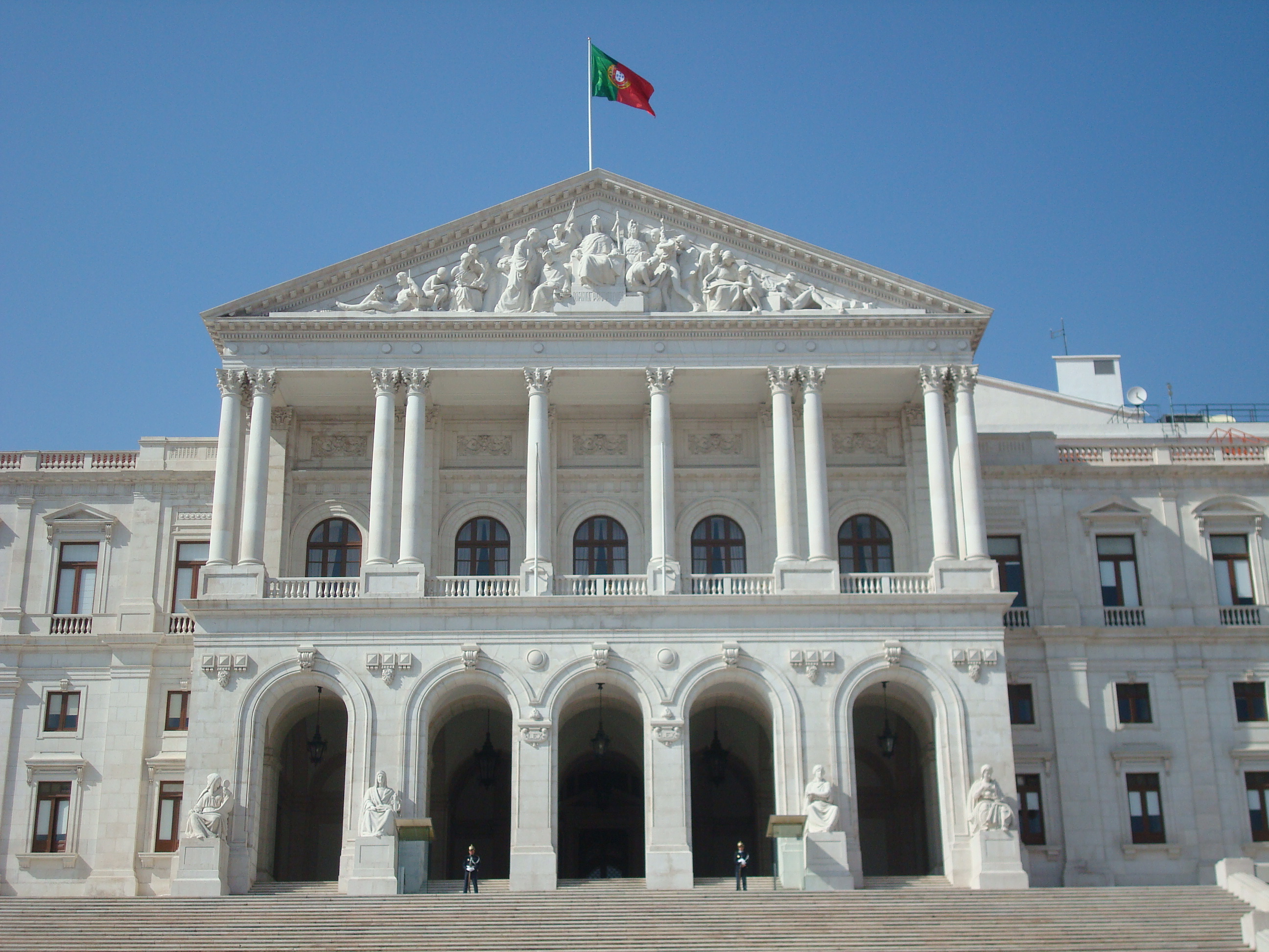 Keep up the fight and stay home, Portugal urges as Easter approaches