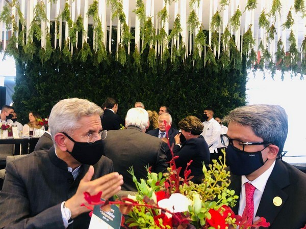 Jaishankar meets Bangladeshi counterpart at Mexico's 200th independence day celebrations