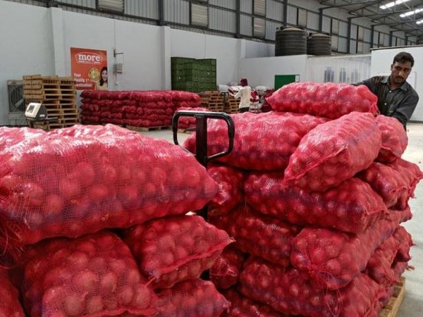 Onion shipments handed over to customs before export ban could be released: MEA