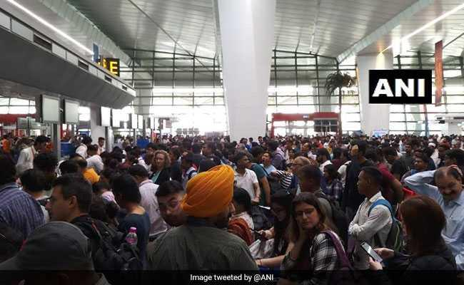 Operations halted at Delhi's IGI airport due to bad weather
