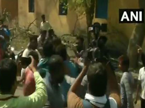 Clash emerges over ownership of land between YSRCP, TDP, 1 dead, 4 injured