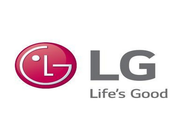 Odd News Roundup: South Korean 'phone maniac' won't give up his LG smartphones