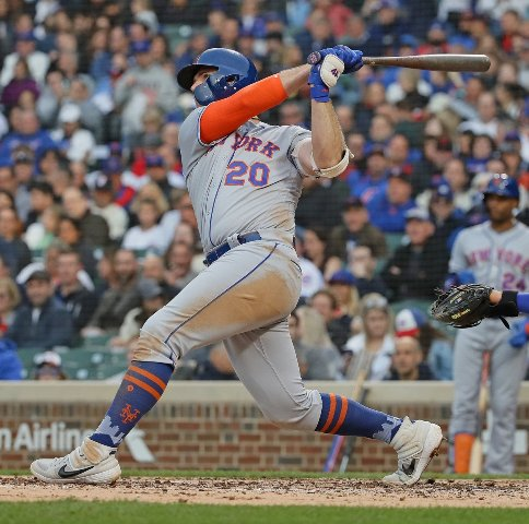 Alonso ties record, Mets hold off Braves in shootout