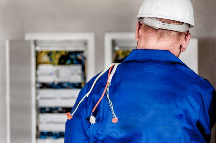 Free State warned against people posing as electricians