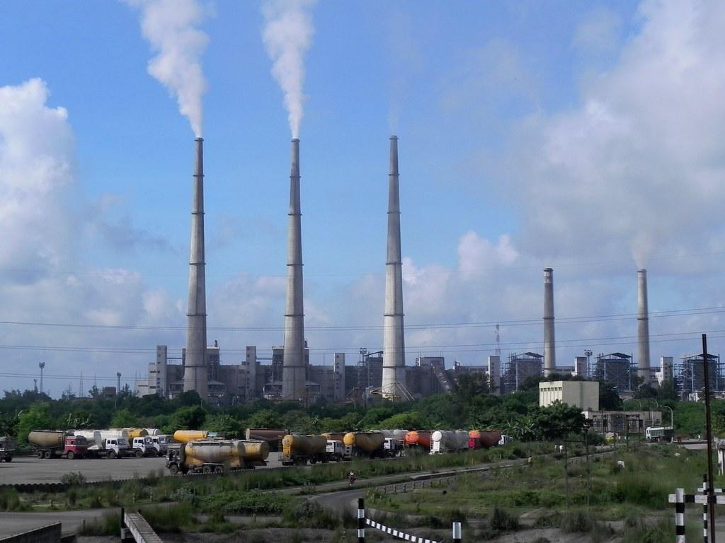 Delhi Lt Guv reviews progress of eco-park coming up at closed Badarpur Thermal Power Plant