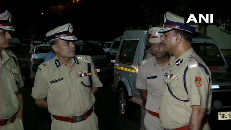 HM Amit Shah reprimands Delhi Police Commissioner over Hauz Qazi clashes
