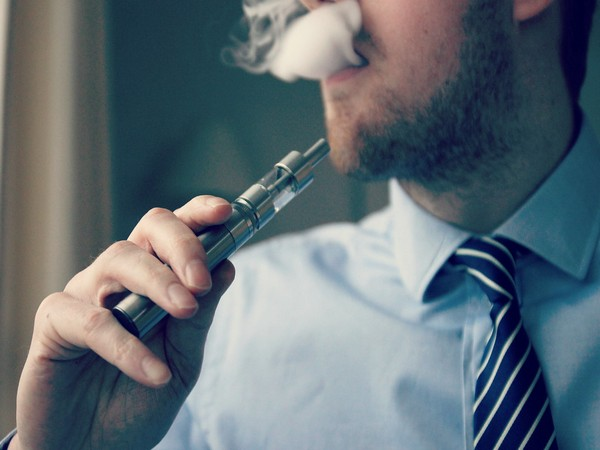 New study links vaping with heart problems