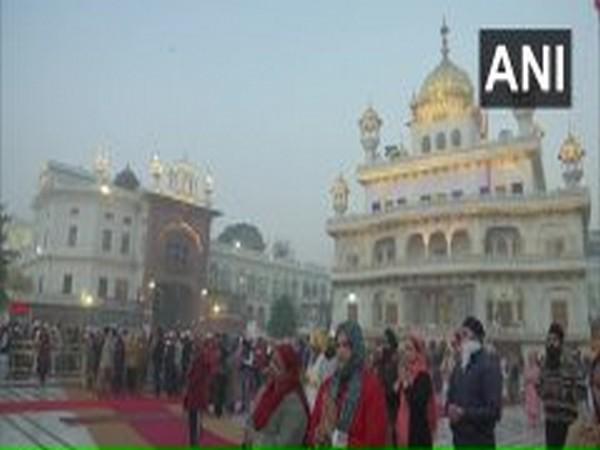 Devotees offer prayers at Golden Temple on Guru Nanak Jayanti