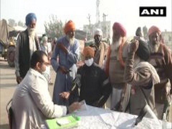Medical camp organised at Delhi's Singhu border, doctors call for COVID-19 tests of protesters