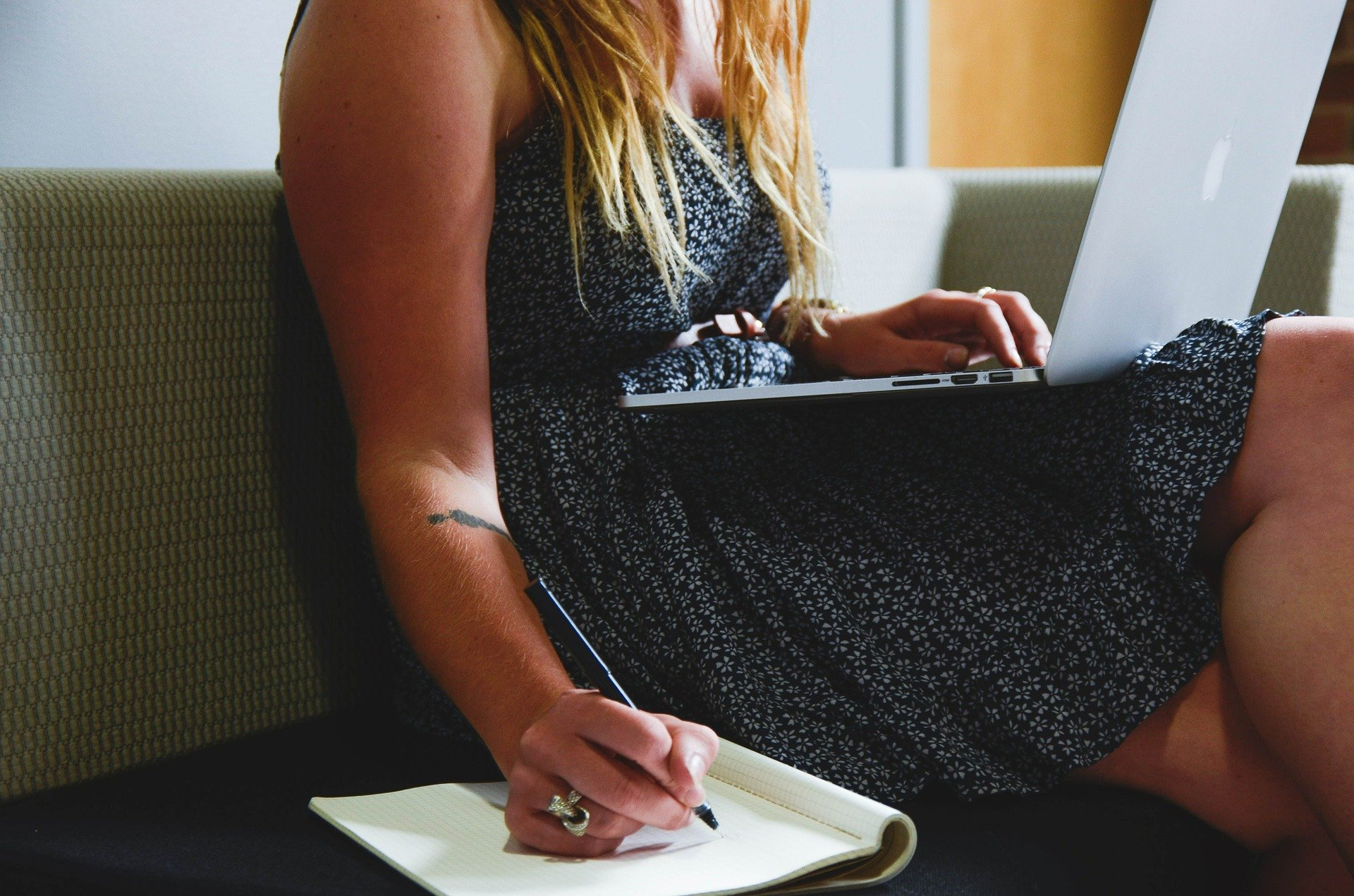 Reddit: What Essay Writing Service Has the Best Reputation?
