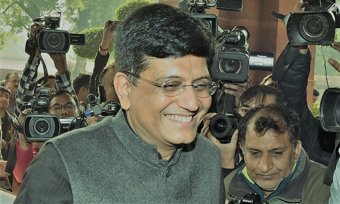 Slowdown in global trade adversely affects economic growth: Goyal