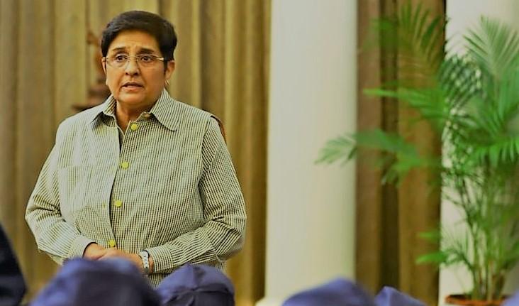 Bedi says Raj Nivas not getting govt files for approval