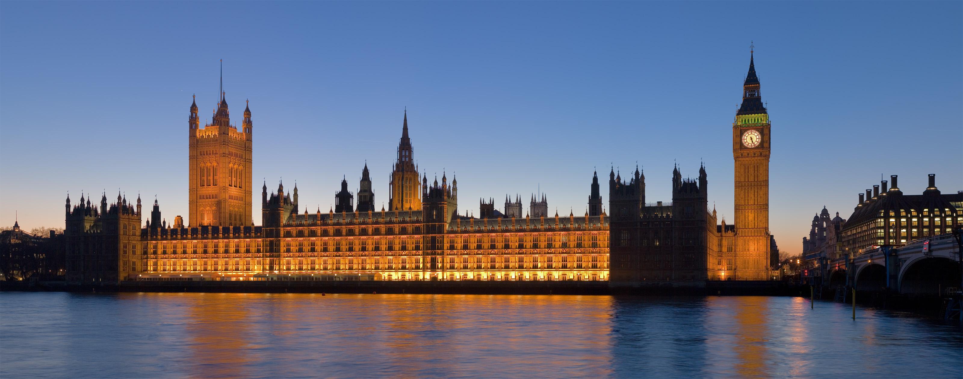 Two British scientific advisers warn it's too soon to lift lockdown