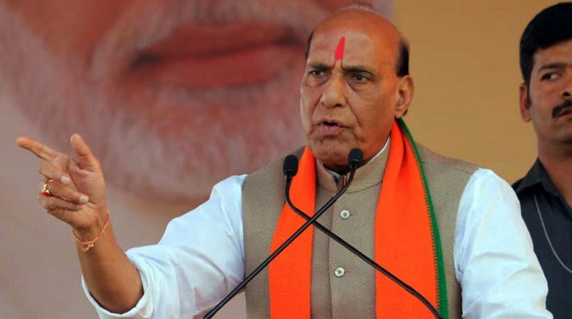 Rajnath urges Russian defence industries to jointly manufacture in India