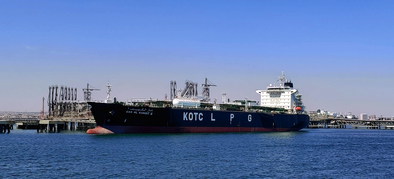 Israeli team in Greece probing ship suspected of oil spill, ministry says