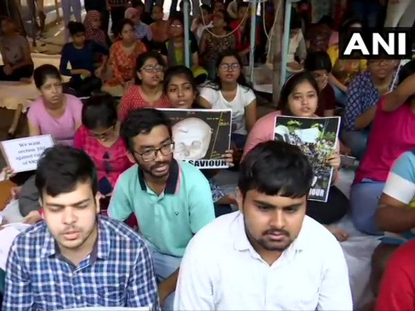 Doctors in Delhi to boycott work on Friday over Kolkata hospital violence