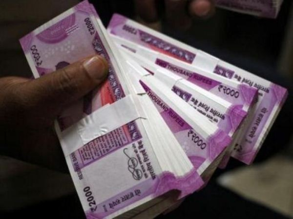 Indian rupee drops 10 paise to trade at 71.42 against US dollar in early trade