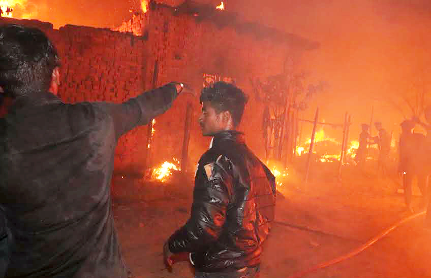 Fire in Kolkata's Rajabazar area doused after 2-hour operation