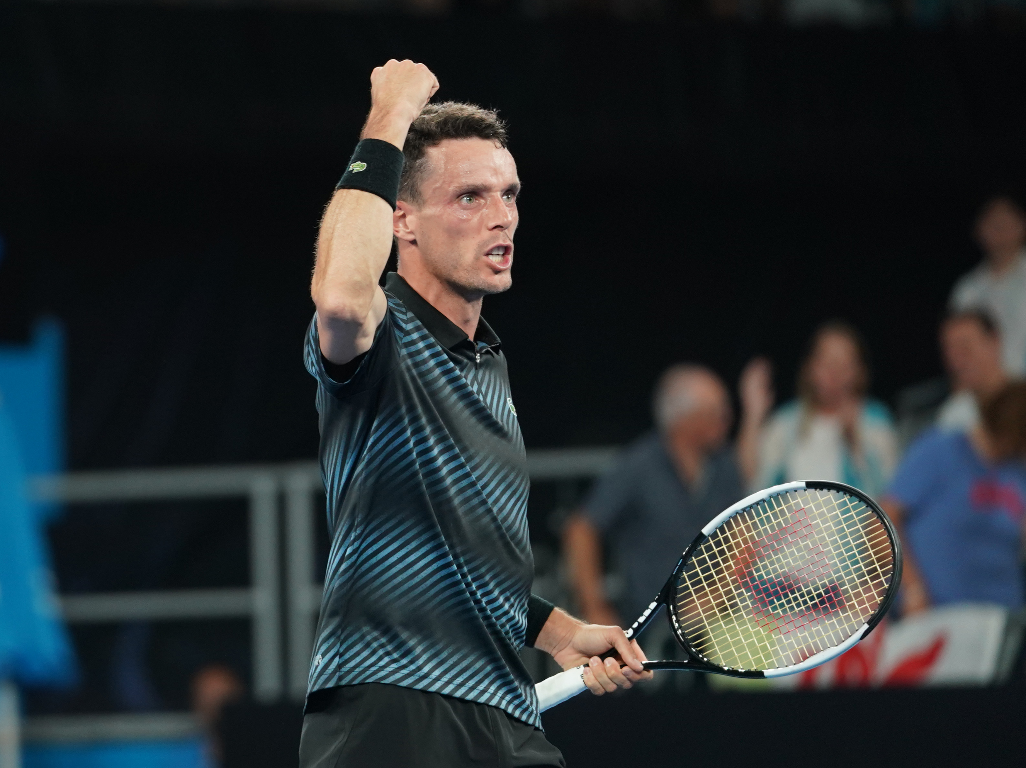 Tennis-Bautista Agut overcomes early jitters to beat Gasquet