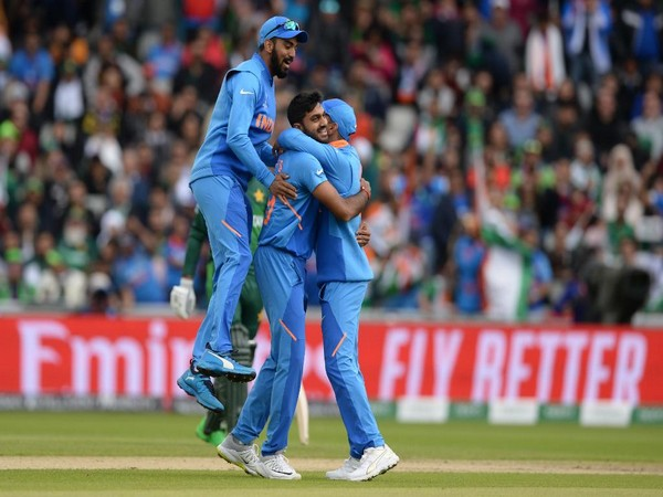 Sri Lanka upset Pakistan by 64 runs in first Twenty20