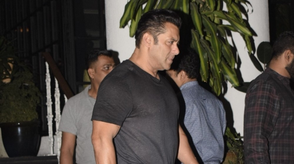 Police step up security outside Salman Khan's Mumbai residence