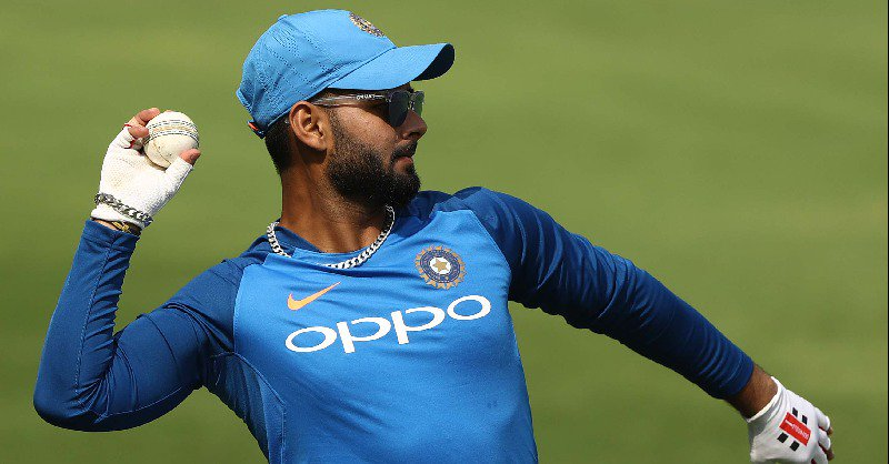 Cricket-India all out for 365 to claim 160-run lead v England