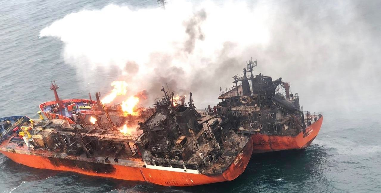 Spanish emergency services evacuate Italian ship crew engulfed in fire