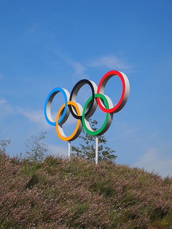 Olympics-IOC says looking into gesture used by U.S. athlete Saunders on podium