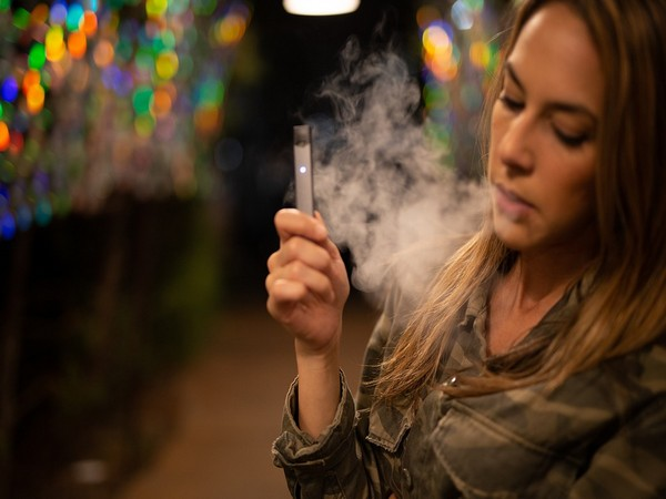 Health News Roundup: FDA's new guidelines for e-cigarette makers; Uganda confirms first Ebola case and more