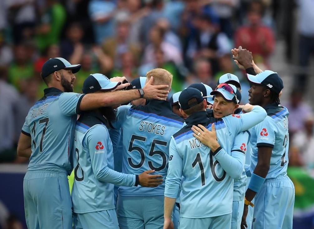 Cricket-New Zealand v England - World Cup final
